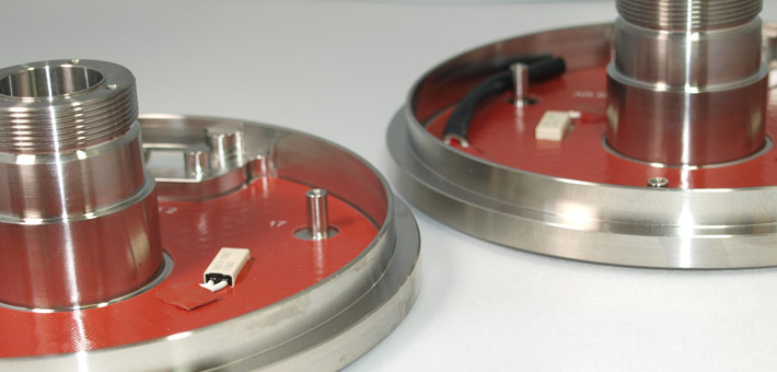 silicone heaters with limiter, vulcanised to free-issued part